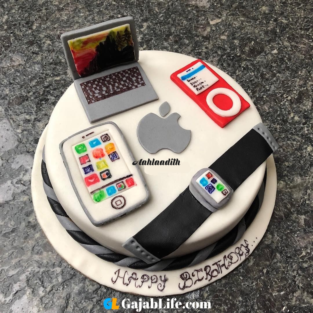 Aahlaadith apple devices design cake